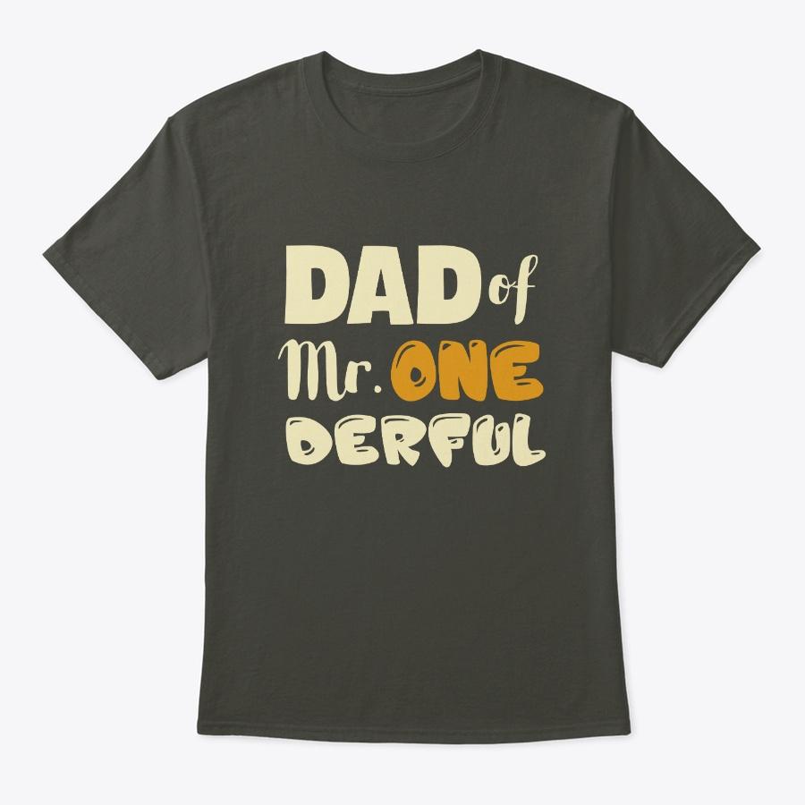 Dad of MR. Onederful Wonderful v Unisex Tshirt