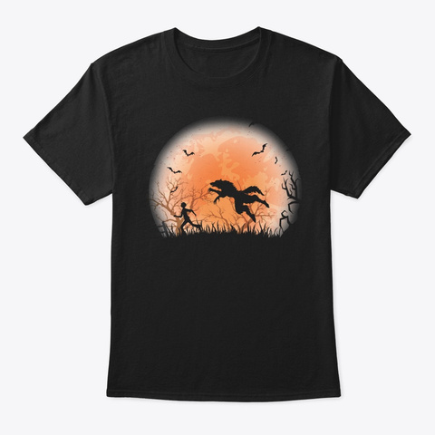 Werewolf Hunting A Human On A Spooky Nig Black T-Shirt Front